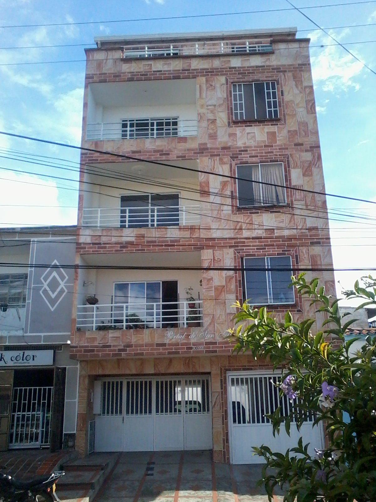 Descarga gratis plano casa 5 pisos estrcutural planos y for Modelos de planos de casas