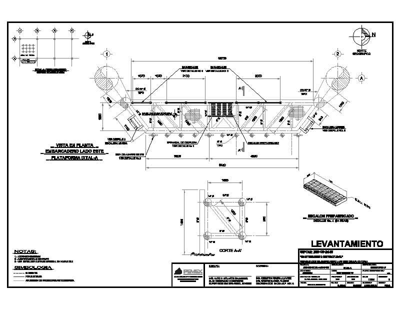 escalera estructural en embarcadero plataforma